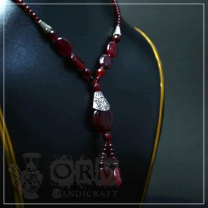 Annari Aqeeq Stone Necklace