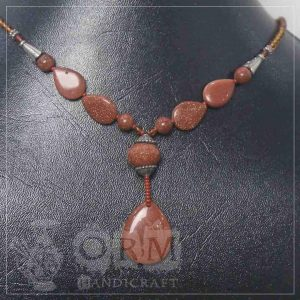 Blood Color Stone Neclace